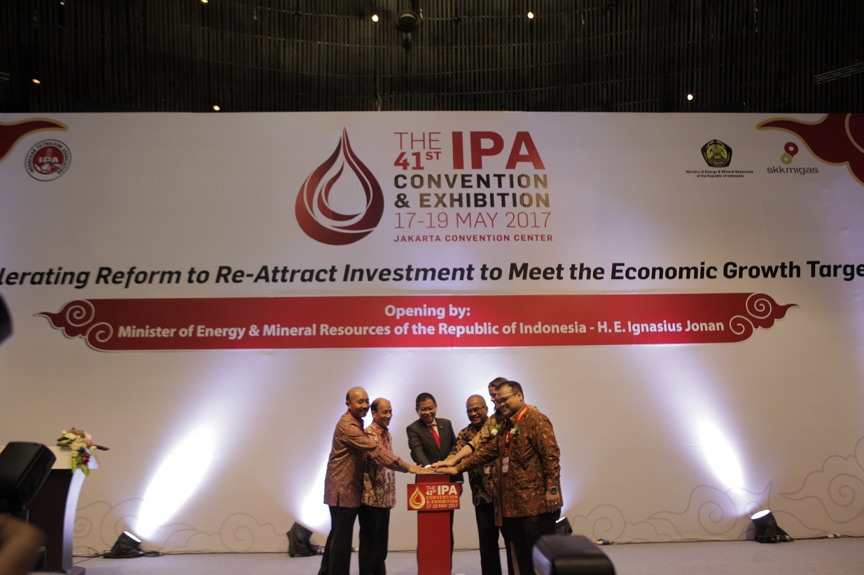 "Konvensi dan Pameran IPA ke-41 Tahun 2017: ""Accelerating Reform to Re-Attract Investment to Meet the Economic Growth Target"""